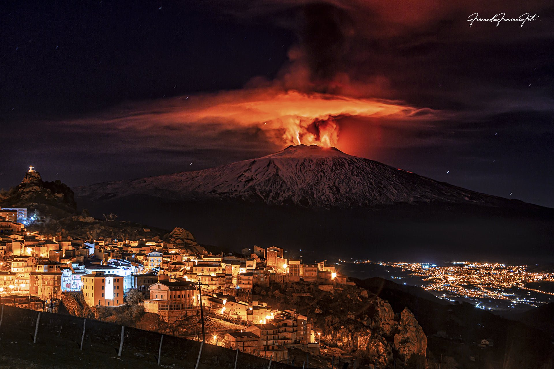 4th eruption, 20th feb 2021. View from San Teodoro town, F. Famiani